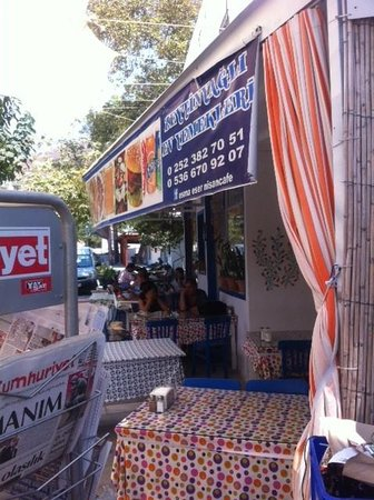 Nisan Cafe