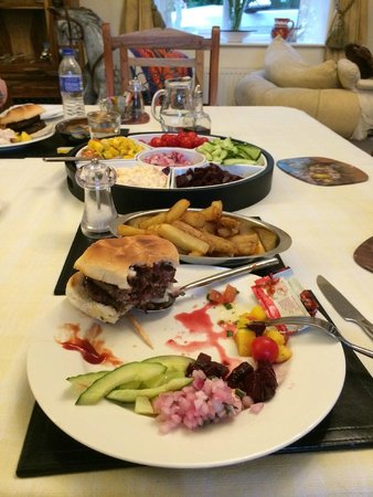 The Grange : Home-made burgers, grill cooked, divine taste!