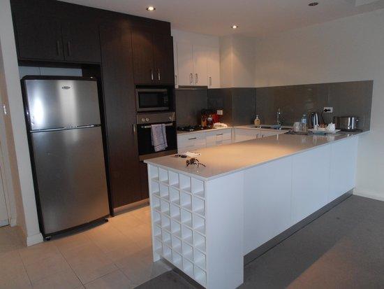 Verandah Apartments Perth: Lovely kitchen.