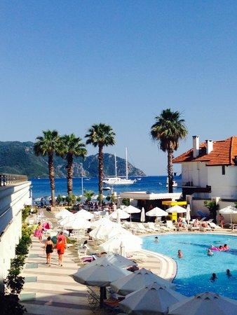 Golden Rock Beach Hotel : Lovely views
