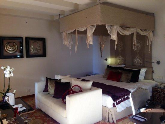 Hôtel Tiara Yaktsa Côte d'Azur. : Une suite vue mer