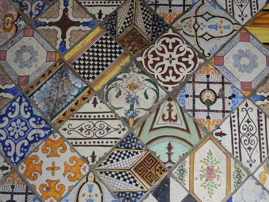 Casa Astarita Bed and Breakfast : Magnifiques et typiques, ces mosaïques décorent le sol de l'entrée