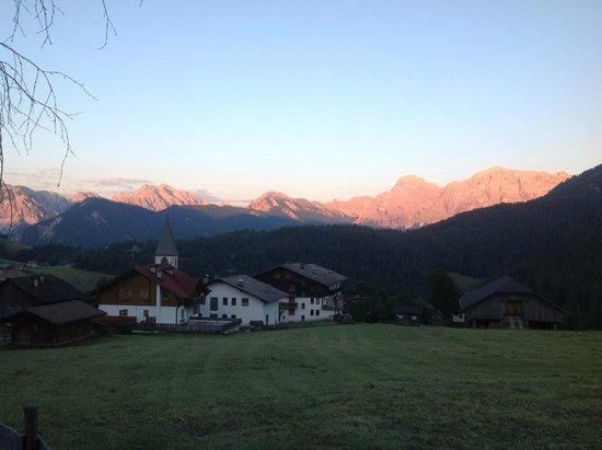 Hotel Fontanella: Dal balcone della nostra stanza al tramonto!