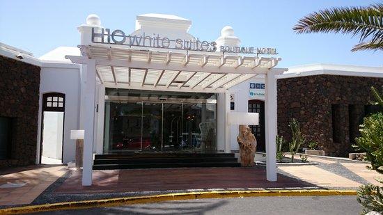 SENTIDO H10 White Suites: entrada del hotel