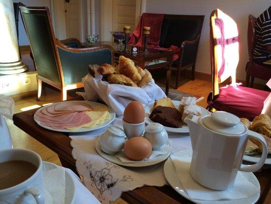 Aetoma Hotel : petit dejeuner (partiel)
