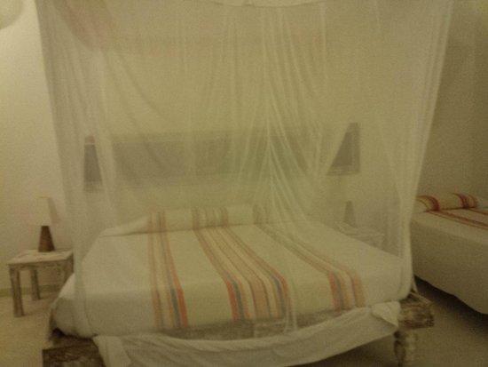 Garoda Resort : The Double bed