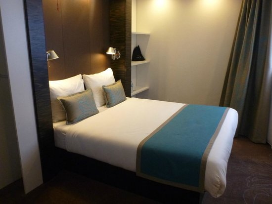 Motel One Edinburgh-Royal : A classic room