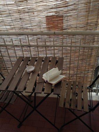 Ariel Bed & Breakfast : Balcony in our room