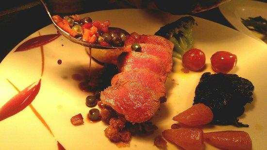 Les Bouviers Restaurant: Ready to serve
