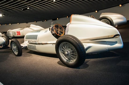 Mercedes-Benz Museum: Racing cars arena at bottom floor have many world champions on display