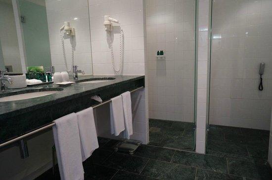 Sofitel Berlin Kurfürstendamm: Belle salle de bains