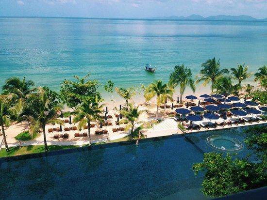 Beyond Resort Krabi : view from check-in