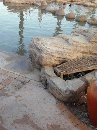 Otium Hotel Amphoras: Electricity at the pool