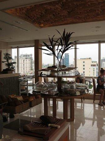 Paradise Saigon Boutique Hotel: Comedor