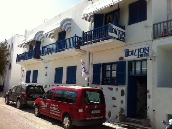 Dilion Hotel: Esterno