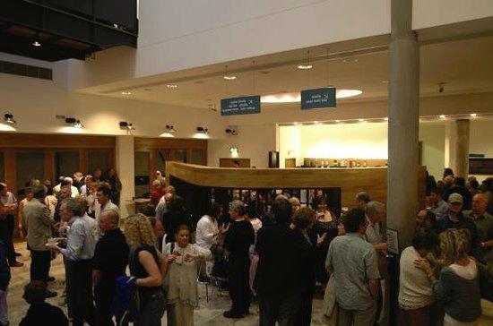 Millennium Forum : Audience