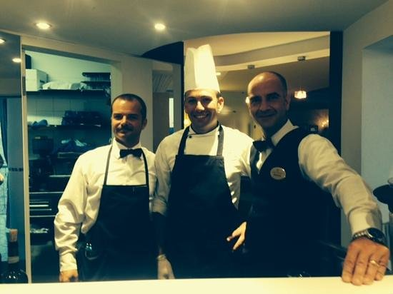 Hotel Delfino: Rafaelle and Pascquale with the sushi chef