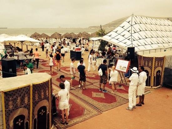 Club Med Agadir: repas berbere sur la plage