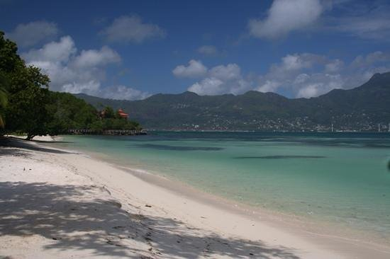 Beachcomber Sainte Anne Resort & Spa: spiaggia principale