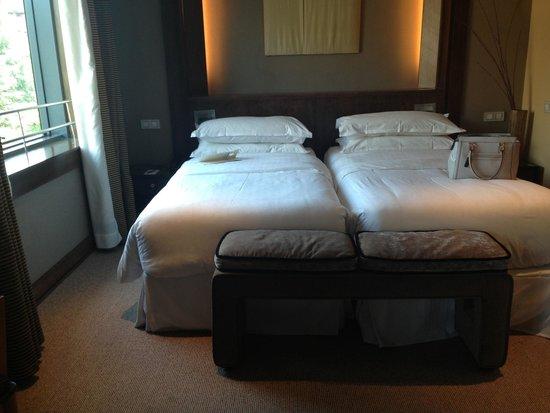 Eurostars Suites Mirasierra: Lit super confortable