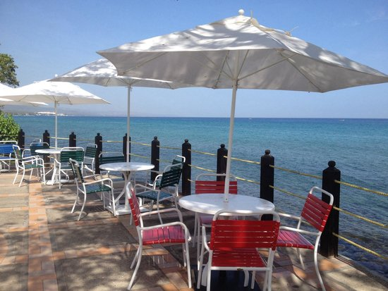 Jewel Paradise Cove Resort & Spa Runaway Bay, Curio Collection by Hilton: Outside grill