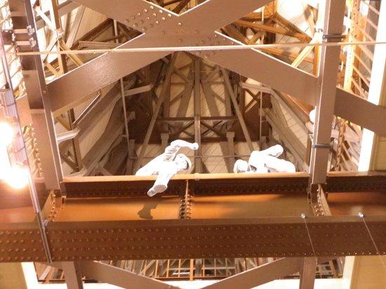 Tower Bridge: Looking through the spars inside