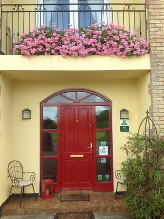 Abbeylee Bed & Breakfast: Our Front Door