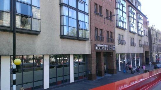 Apex Grassmarket Hotel: Front
