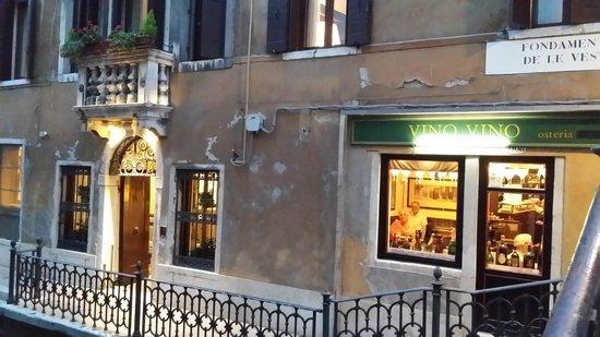 Hotel dell'Opera : Exterior
