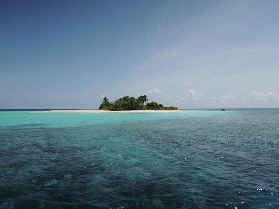 VOI Maayafushi Resort: Escursione all'isola deserta
