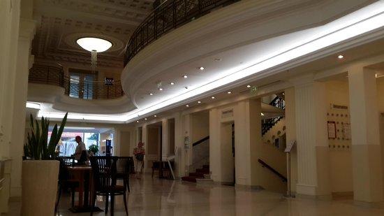 Novotel Budapest Centrum: Hotel Lobby