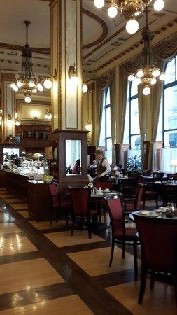 Novotel Budapest Centrum: Dining room