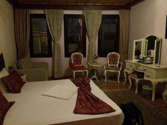 Esans Hotel: camera