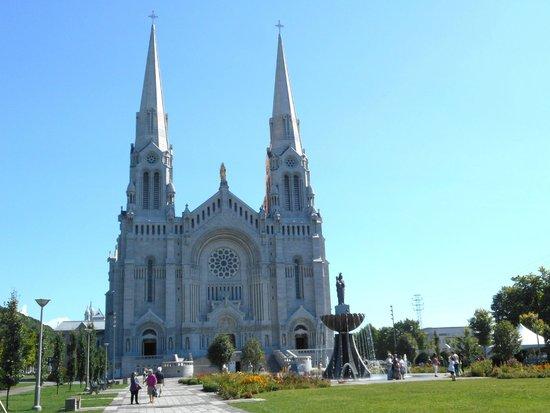 Sanctuaire Sainte-Anne-de-Beaupré : .