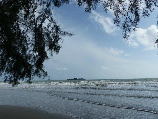 Baan Rim Nam: la plage toute proche