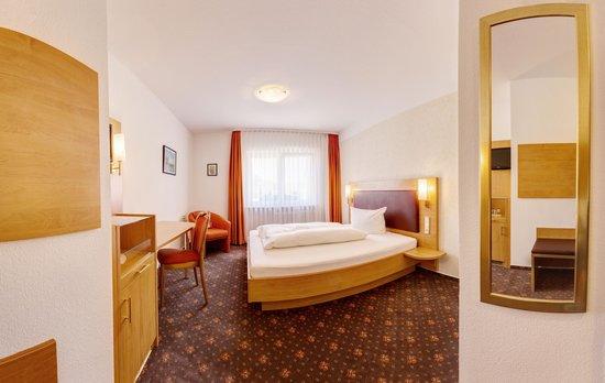 Hotel Fortuna: Standard Einzelzimmer