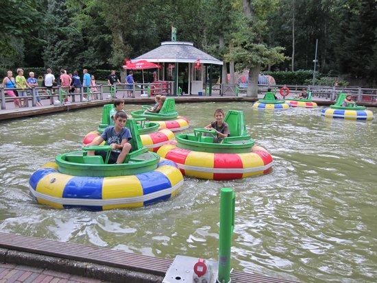 Duinrell Amusement Park: Donuts acuáticos
