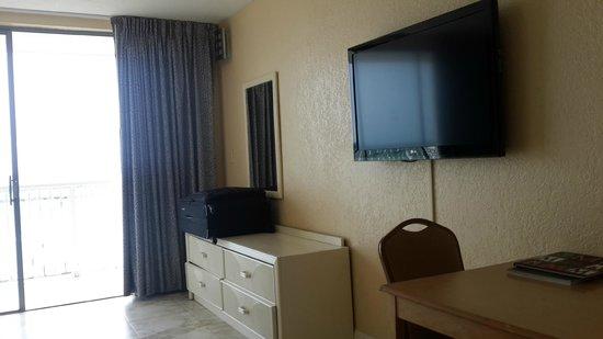 Ramada Plaza Marco Polo Beach Resort: Ocean view room