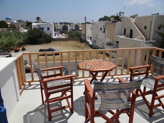 Katefiani Villas: Balcony