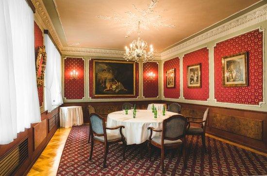 Hotel Esplanade Prague: Red room