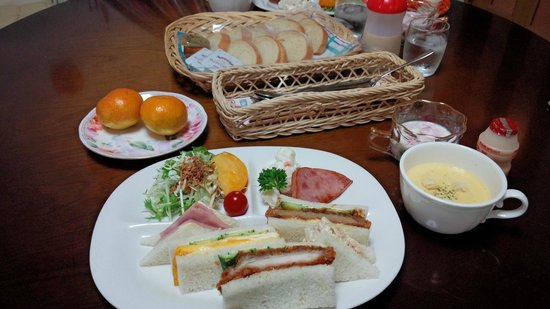 Pension and Cafe Katarai