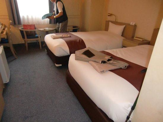 Yaoji Hakata Hotel : 大きなスーツケースを広げる空間あります