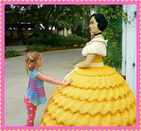 LEGOLAND Florida Resort: Entrance to the gardens
