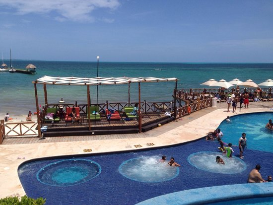 All Ritmo Cancún  Resort & Waterpark: View from second floor.