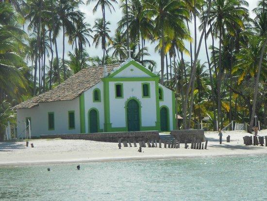Carneiros Beach: Igreja de Carneiros