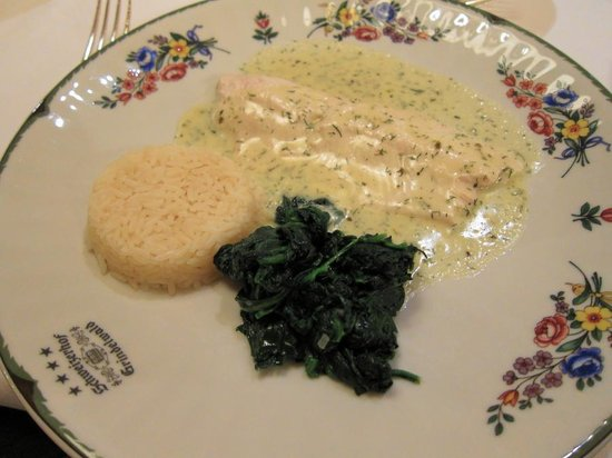 Romantik Hotel Schweizerhof Grindelwald: Poached fera fillet with herb cream sauce~