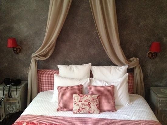 Hotel Beaucour: zimmer 102