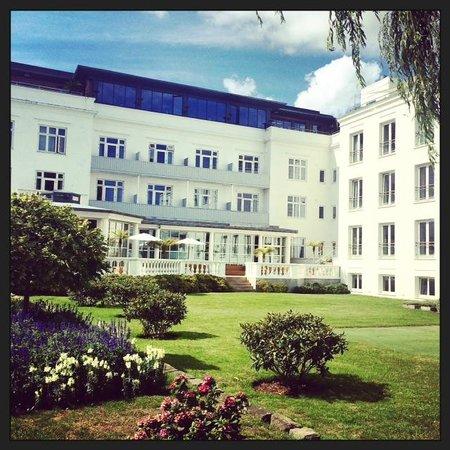 Kurhotel Skodsborg : Façade de l'hôtel