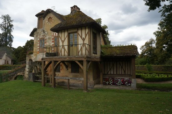 Les Trianons et le Hameau : Hameau de la Reine ''Moulin ''