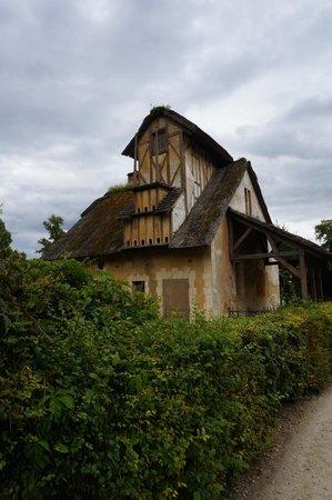 Les Trianons et le Hameau : Hameau de Marie Antoinette ''Colombier''